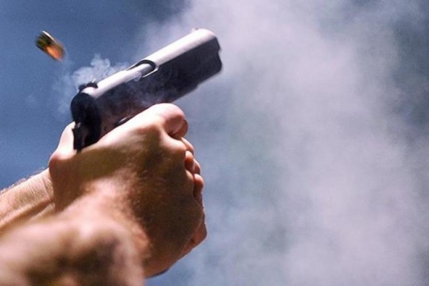 Двајца мртви, еден се бори за живот по пукањето во семејна куќа во Прилеп