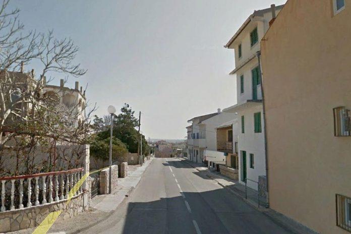Татко си ги фрлил четирите деца низ прозор од висина од шест метри во Хрватска