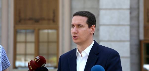 Метлата се сведе на Тевдовски, а има 10-15 министри кои се за оставка