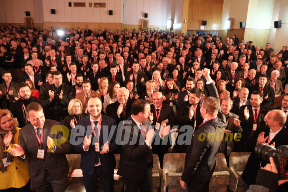 Некои политичари мислат само на наредните избори, ВМРО-ДПМНЕ мисли и работи за наредните генерации