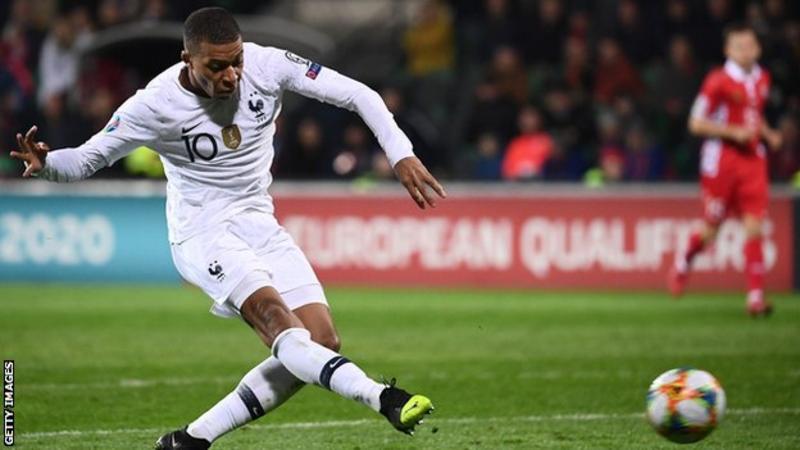 Франција и Англија со убедливи победи на стартот на квалификациите за ЕП 2020