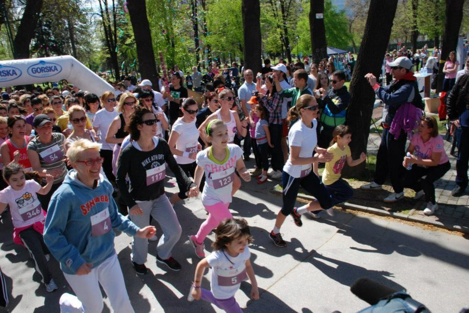 """Рекорден број пријавени на """"Женска трка"""" ќе трчаат во недела во Скопје"""