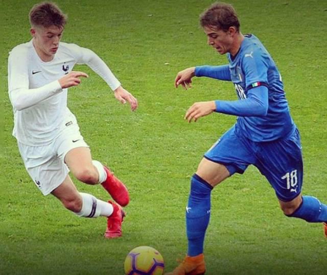 Фудбалерот Никола Секулов се откажа и нема да игра за Македонија!