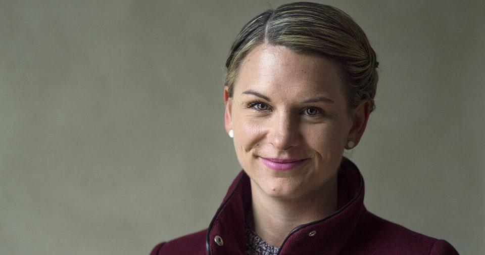 Бебе исфрлено од данскиот Парламент