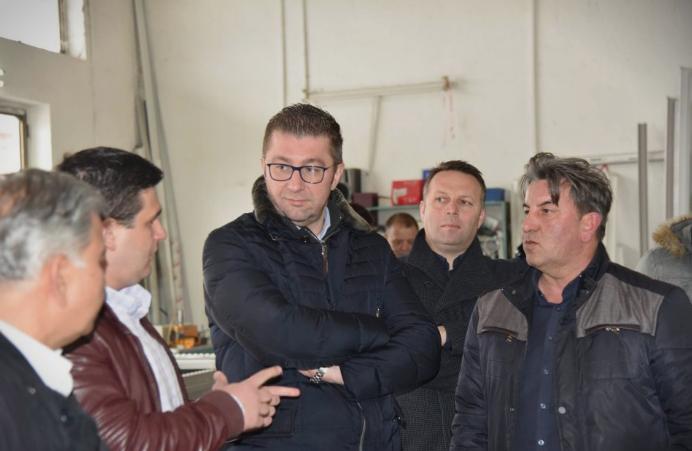 Мицкоски во посета на Кавадарци: Нашите приоритети ќе бидат развој на економијата, отворање на нови работни места и повисоки плати