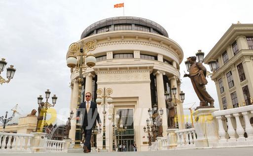 Мицкоски: ЈО работи под диктат на Заев, прави пиши-бриши со правото