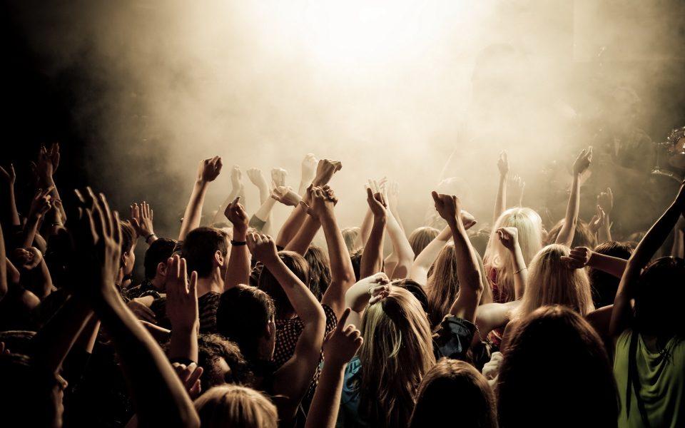 Каква е оваа публика? Премногу некултура и непочитување на концертите на Бреговиќ и Миленковиќ