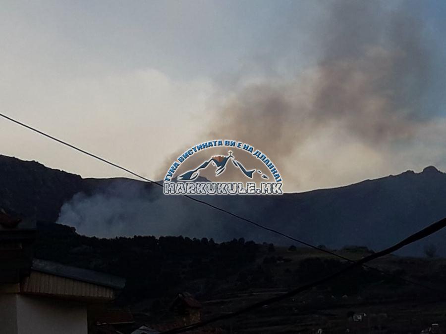 """Пожар над Прилеп, стихијата се движи над манастирот """"Свети Димитрија"""""""