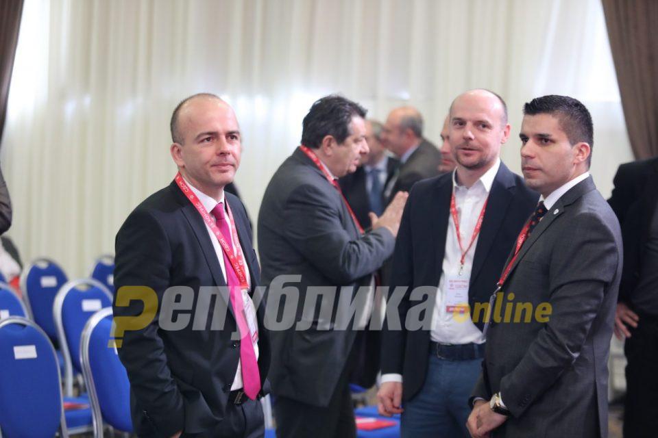 Тевдовски не разбра дека успешен министер кај нас мора да има свои гангстери, новинари, проститутки…