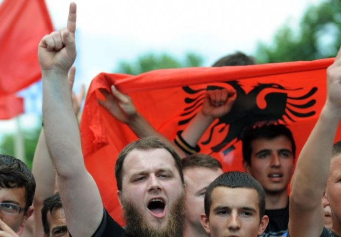 Во првиот квартал од годината албанските иселеници испратиле дознаки во вредност од 169 милиони евра
