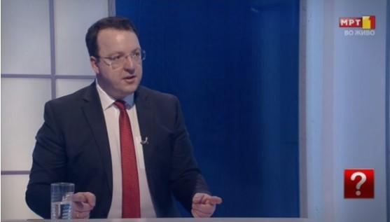 Министрите Шекеринска и Димитров избегаа од ТВ дуел со Александар Николоски
