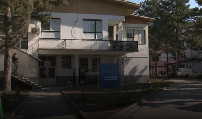Забрана за посета на болницата во Струга: Седум медицински лица се заразија со морбили