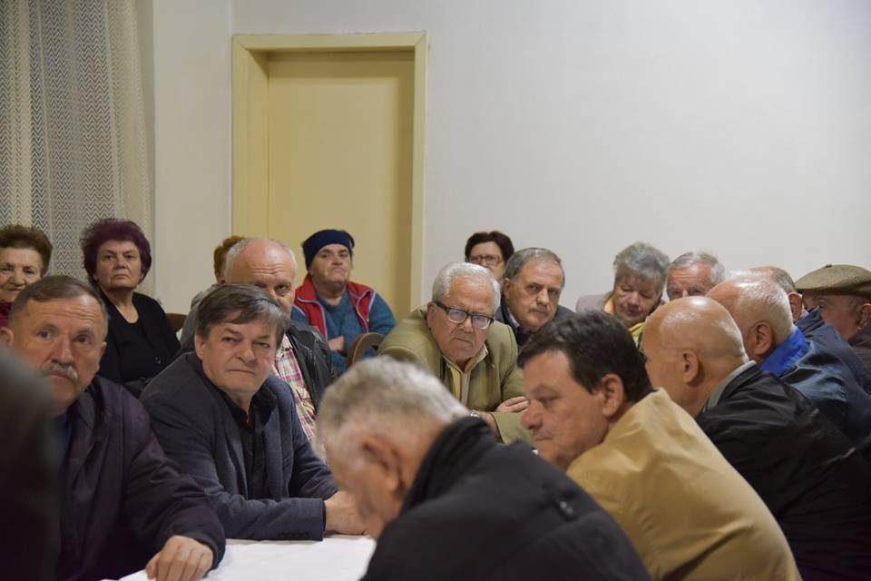 Над 300 илјади пензионери се измамени од Владата на Заев