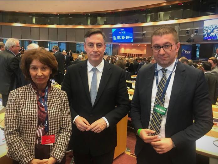 Мекалистер се заложи за обезбедување на фер и демократски избори: Мицкоски оствари средба со потпретседателот на ЕПП