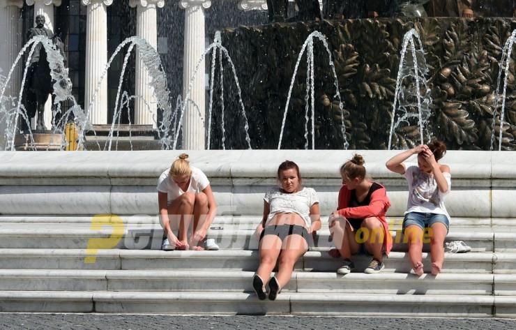 Невработеноста на младите секаде во регионот се намалува, само во Македонија порасна на 47,6%