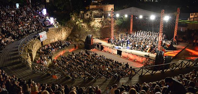 """Познати имиња и големо изненадување за отворањето на """"Охридско лето"""", најави директорката Наташа Поповиќ"""