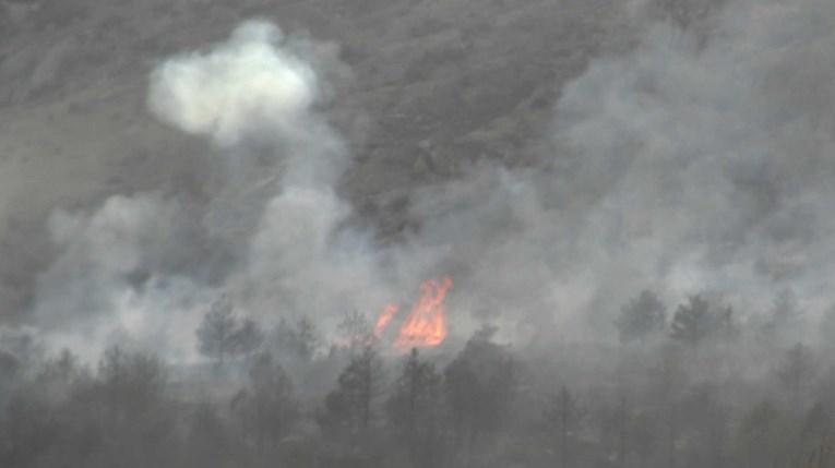 Голем пожар во Липково, интервенирано со 50 тони вода