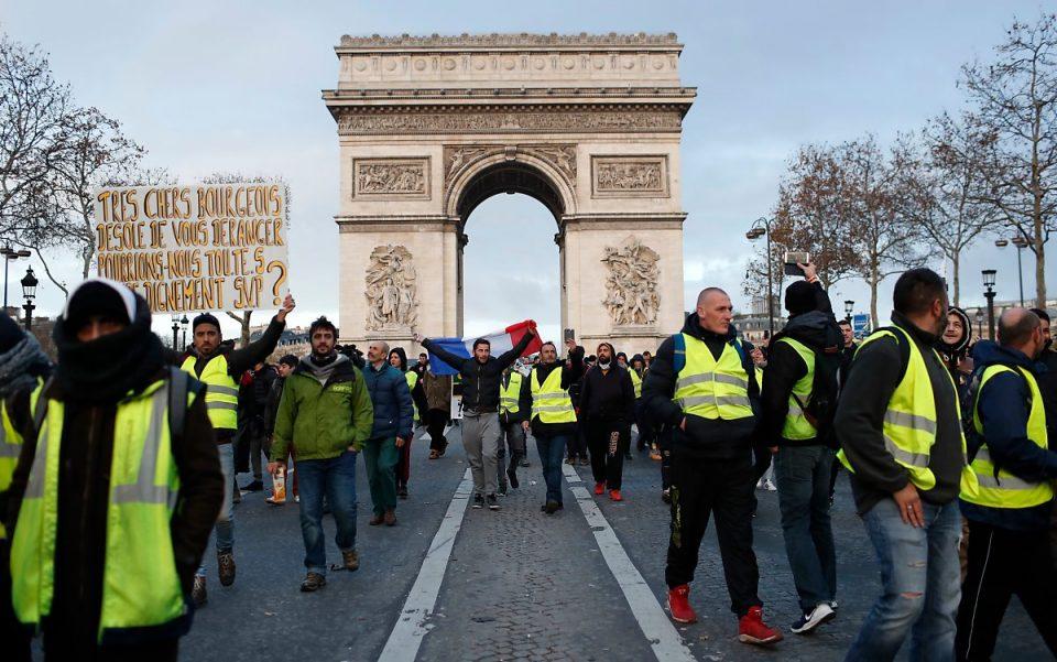 Дваесетти протести на Жолтите елеци во Франција