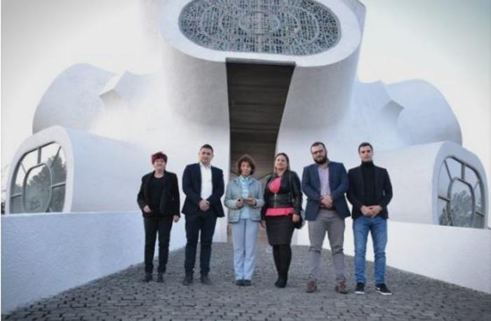 Силјановска во посета на Крушево: Ако е реформа да промените име, не знам каква реформа е тоа
