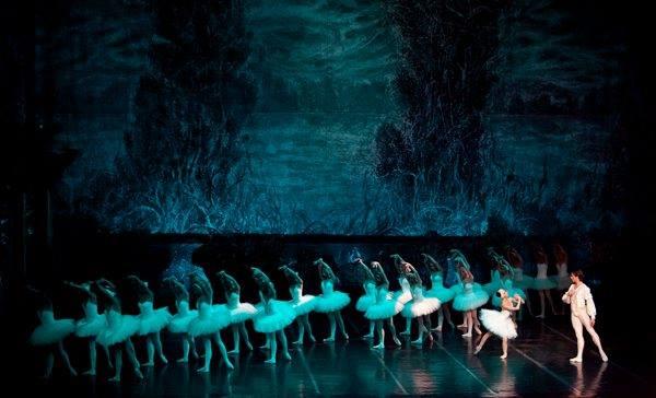"""""""Лебедово езеро"""", најголемото балетско дело на сите времиња утре на сцената на МОБ"""