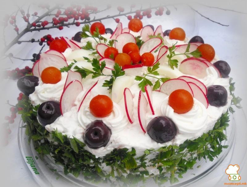 Велигденска солена торта, сочна, вкусна, декоративна, раскошна…