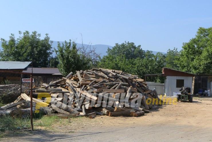 Огревни дрва се шверцуваат и во вонредна состојба