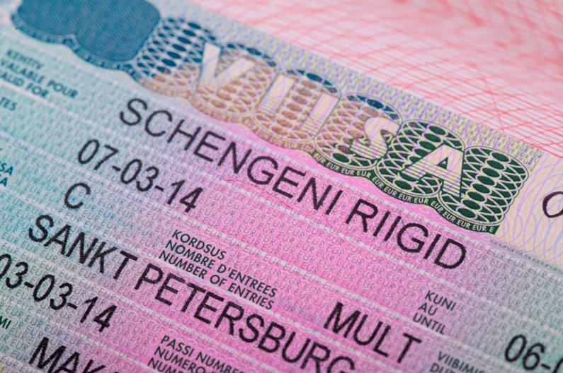 Холандскиот Парламент изгласа враќање на визите со Албанија