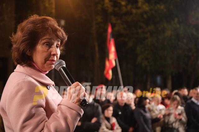 Странците велат дека македонската економија лази по земја, ја оценуваат со нула