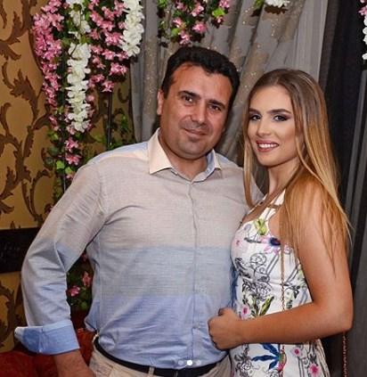 Александра Заева на табло, матурираше ќерката на премиерот