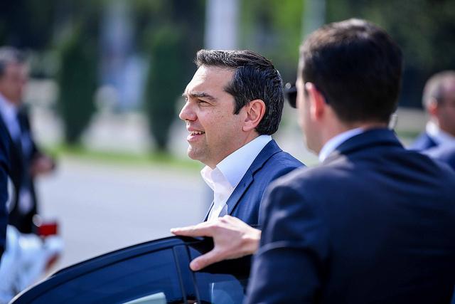 Ципрас по најголемиот пораз во Грција во последните 38 години: Ја прифаќаме одлуката со крената глава