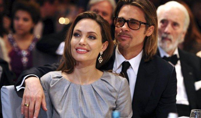 Целосен пресврт: Анџелина Џоли ги повлекла документите за развод