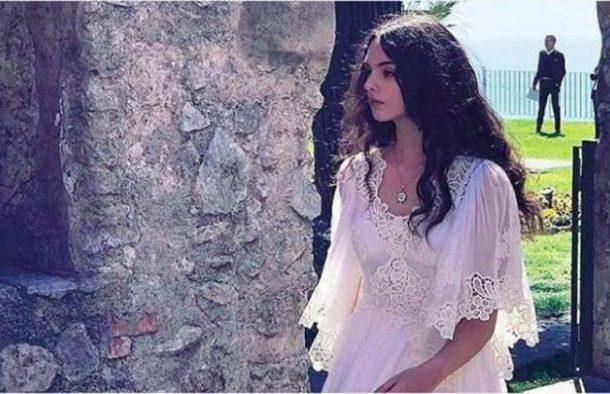 Ќерката на Моника Белучи ја наследила убавината на својата мајка