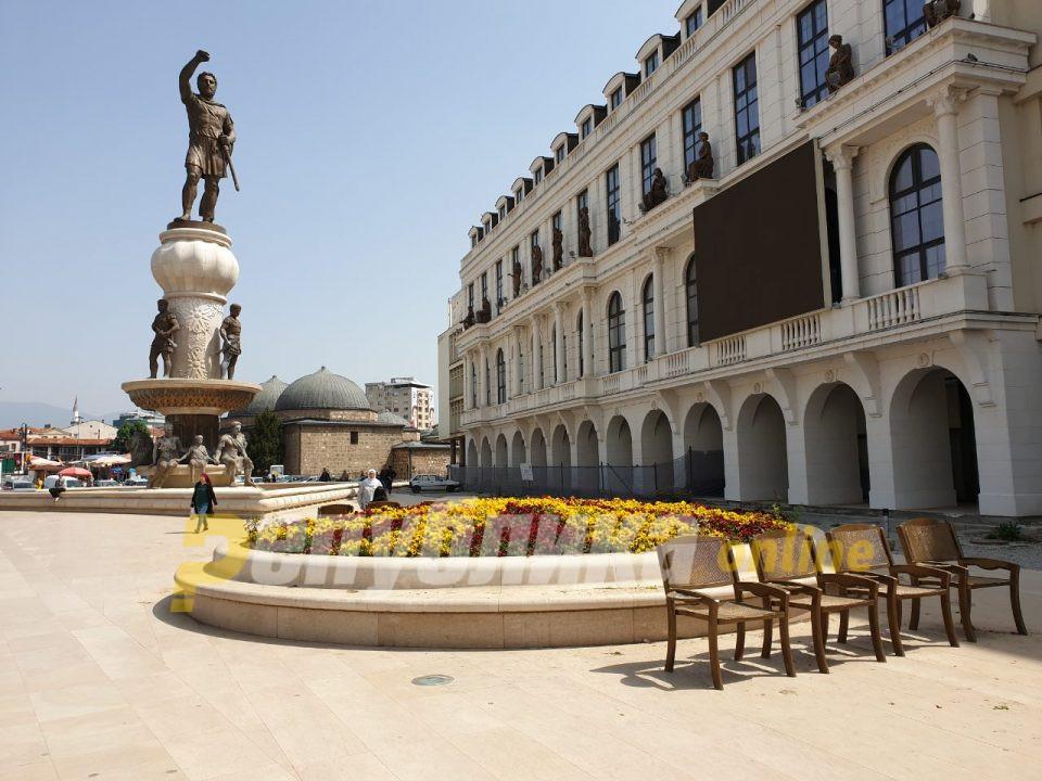 Дали зад одржувањето на фонтаните во Скопје се крие уште една матна зделка?