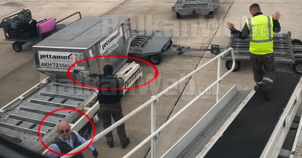 """Уапсен Косовец за """"грабежот на векот"""" на аеродромот во Тирана"""