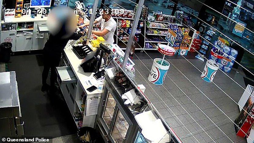 Во еден ден ограбени бензинска, продавница и обложувалница