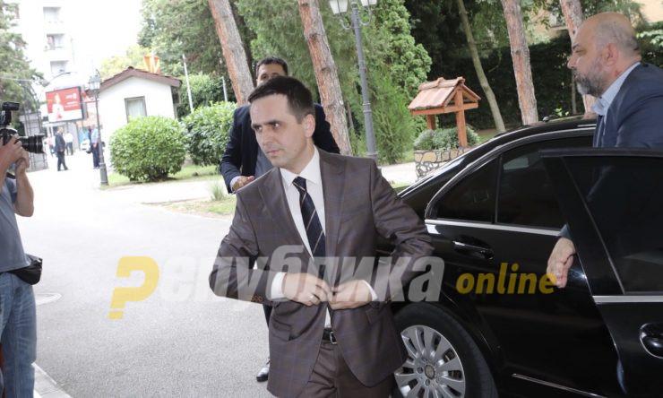 Билал Касами го одби Ахмети за средбата на албанските партии