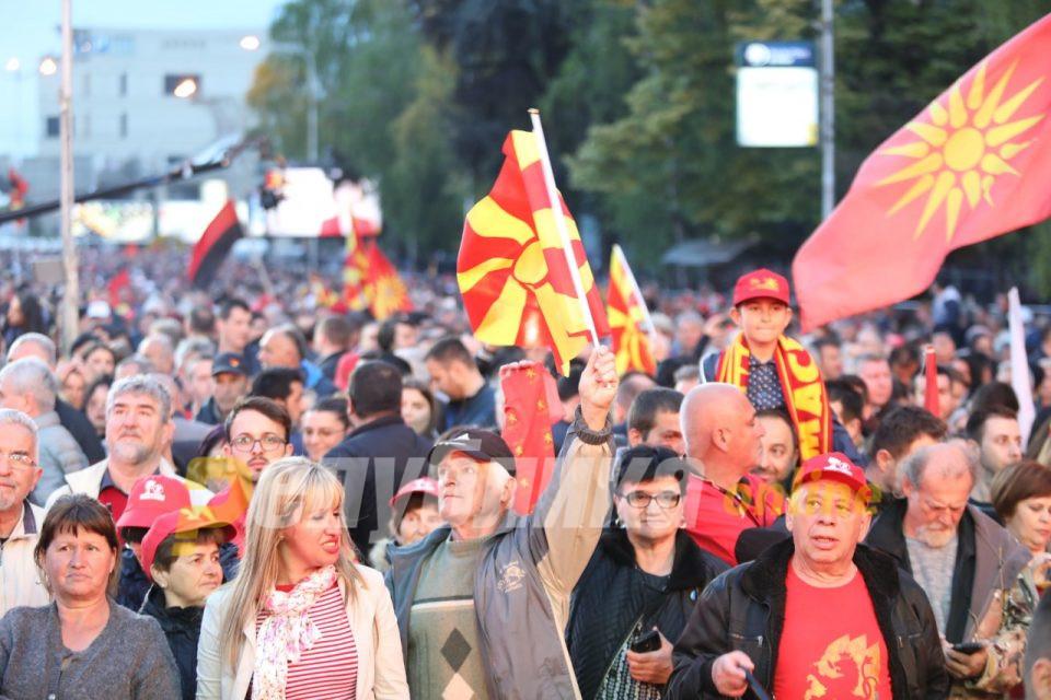 Јанушев: Тргнуваме на терен, ВМРО-ДПМНЕ пред вашиот дом, Мицкоски со граѓаните, ќе кажеме дека Македонија има шанса