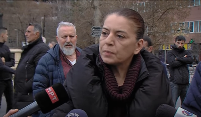 Мајката на Пино: Ова е диктатура, ме приведоа затоа што извикував Македонија!