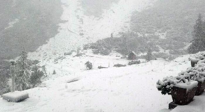 Падна половина метар снег во Хрватска