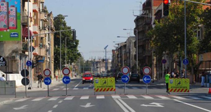 Викендов посебен сообраќаен режим во Скопје поради митинзи на партиите: Eве кои улици ќе бидат затворени