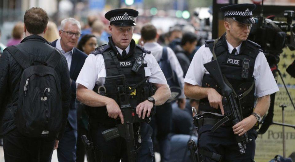 Убиена жена во Северна Ирска, полицијата се сомнева за тероризам