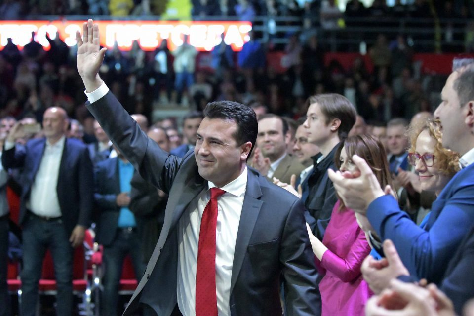 Мицкоски: Заев ја зголеми својата коалиција, a му се намали драстично поддршката