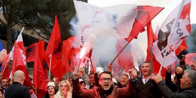 Дали ова треба и кај нас: Албанија ги укинува предизборните коалиции