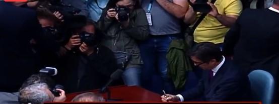 ВО ЖИВО: Седница за инаугурација на Стево Пендаровски