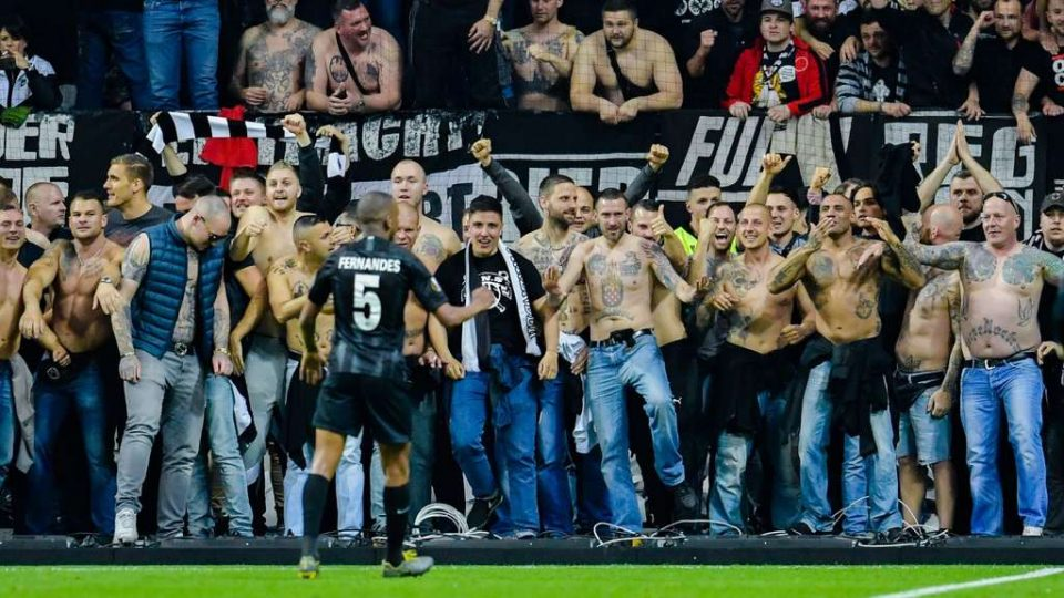 УЕФА повторно го казни Ајнтрахт поради навивачите