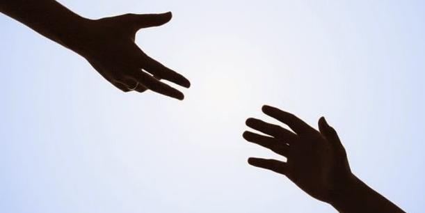 Апел за помош на предвремено родените сестрички Искра и Ведрана