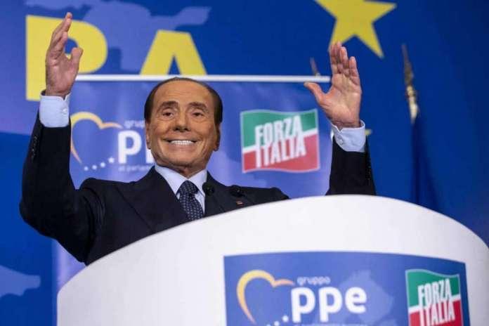 Силвио Берлускони ќе биде пратеник во ЕП