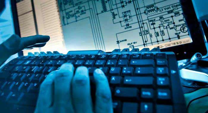 Велика Британија: Русија спроведува глобална сајбер војна против владите