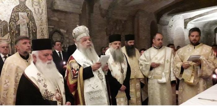 """И делегација на Бугарија на молебенот на гробот на Свети Кирил во базиликата """"Сан Клементе"""" Рим"""
