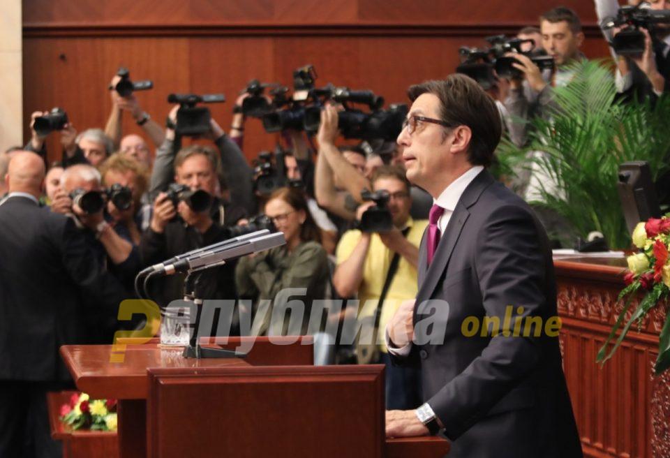 Пендаровски ги прати одлуките за прогласување вонредна состојба до Собранието за потврда